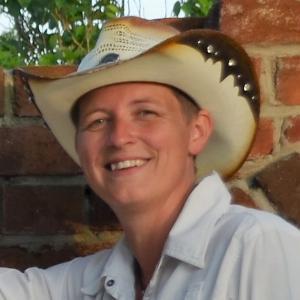 Anne de Vries - Line Dance Choreographer
