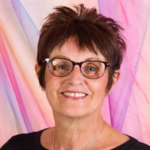 Yvonne Anderson - Line Dance Choreographer