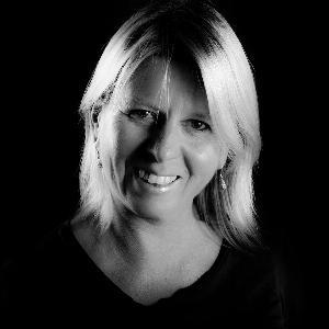 Nina Skyrud - Line Dance Choreographer