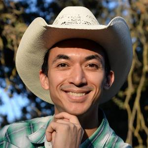 Christopher Gonzalez - Line Dance Choreographer