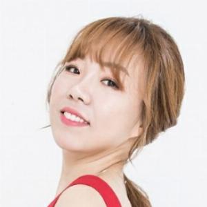 Hyun Jung Kang - Line Dance Chorégraphe