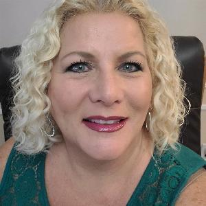 Donna Manning - Line Dance Choreographer