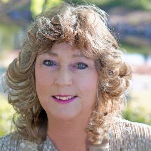 Yvonne Krause-Schenck - Line Dance Choreographer