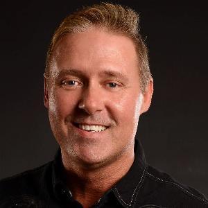 Conrad Farnham - Line Dance Choreographer