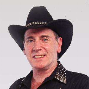 Robbie McGowan Hickie - Line Dance Choreographer