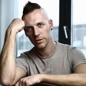 Sascha Wolf - Line Dance Choreographer