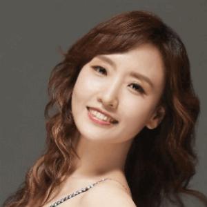 Junghye Yoon - Line Dance Choreographer
