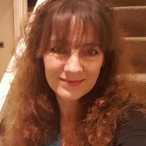 Vikki Morris - Line Dance Choreographer
